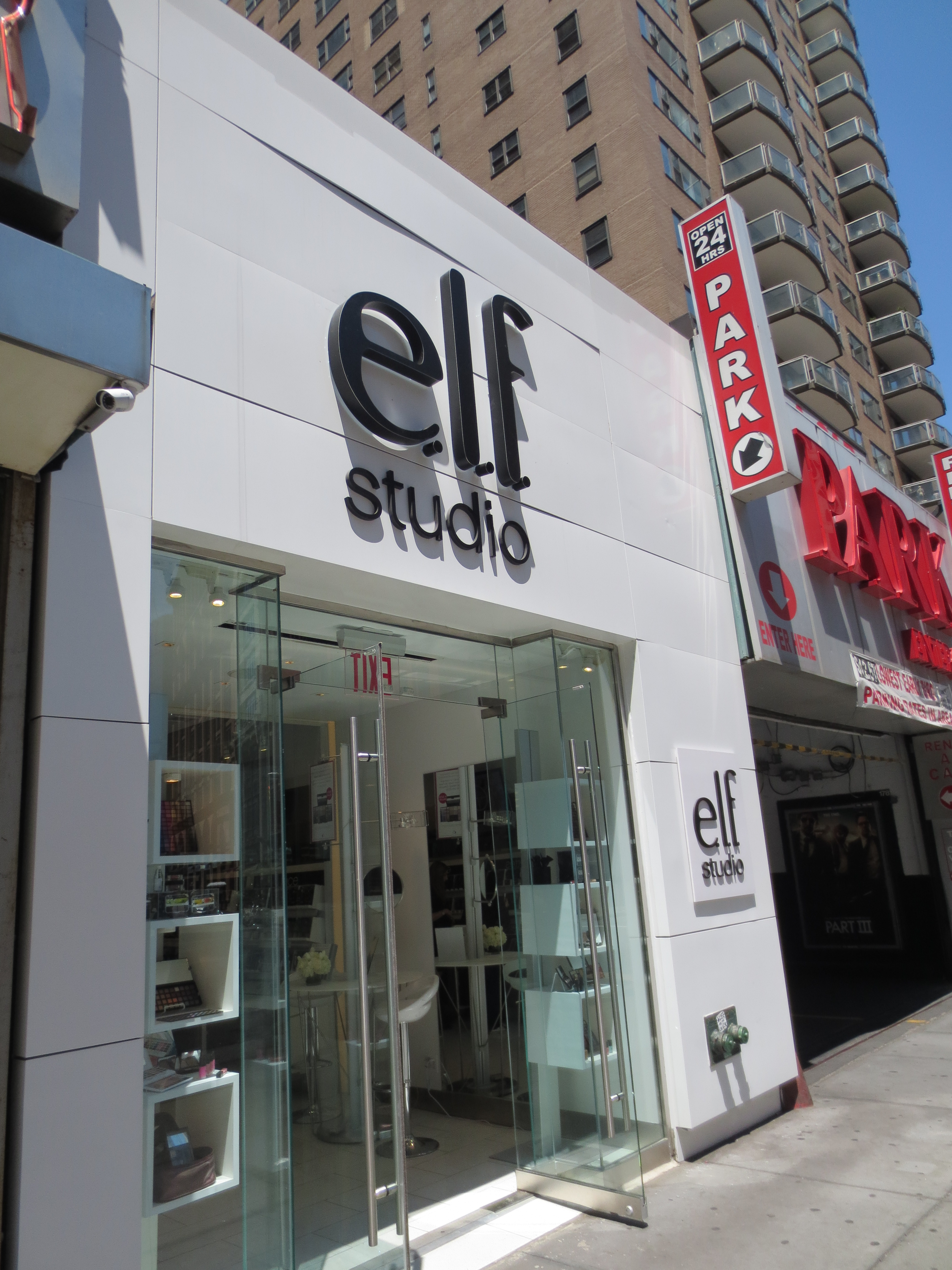 e l f studio store in nyc product hoochie. Black Bedroom Furniture Sets. Home Design Ideas